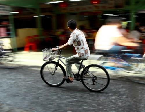 Usare la bicicletta in città: vantaggi per noi e per l'ambiente