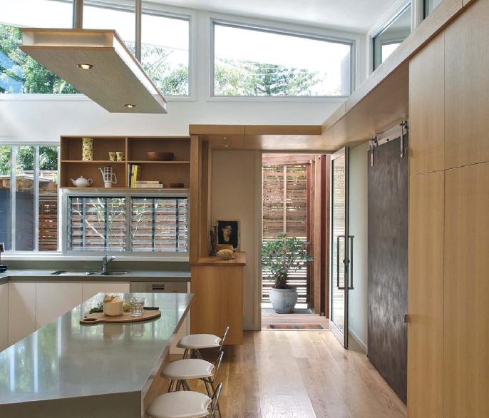 Un dialogo tra interni ed esterni casa naturale for Foto interni case design