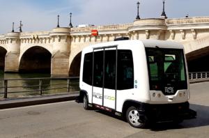minibus senza pilota parigi