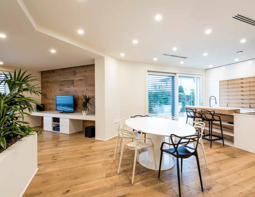 La casa bianca il progetto dei coniugi casiraghi casa for 1300 metri quadrati di piano casa