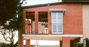 terrazzi pilastri | ristrutturazione in mattone di Borghi