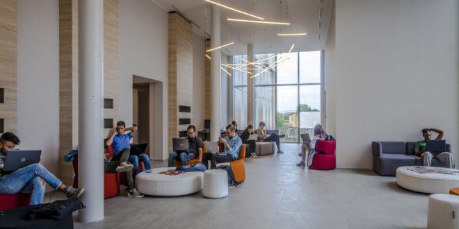 Collegio universitario | spazio comune della residenza monneret