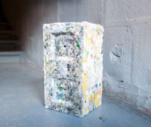 materiali circolari   mattoni di plastica