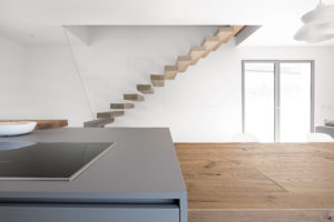 Bahaus   Vicenza   villa in legno   luce naturale   interni