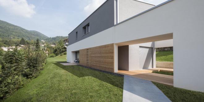 Bahaus | villa a Vicenza | casa in legno con vetrate ampie