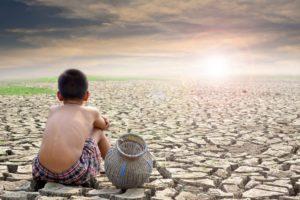 climate change | desertificazione | bambino nel deserto