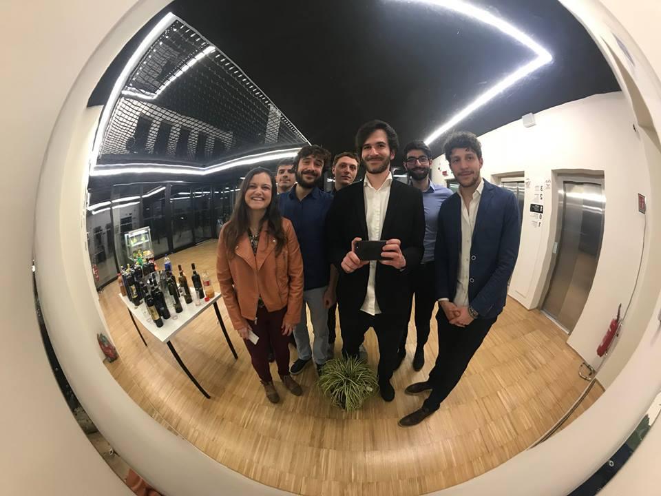 Il team della startup Wiseair - vasi intelligenti
