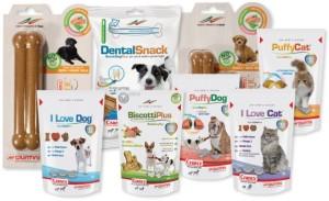 gatti sterilizzati e animali domestici: snack e fuoripasto
