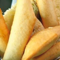 Le pettole di pasta matta: pane non lievitato e fritto