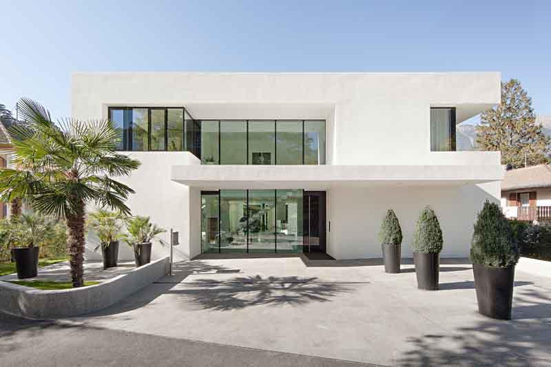 Progetto di una villa a merano le sfumature del vetro for Progetti di una casa a una storia