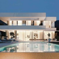 Progetto di una villa a Merano: le sfumature del vetro