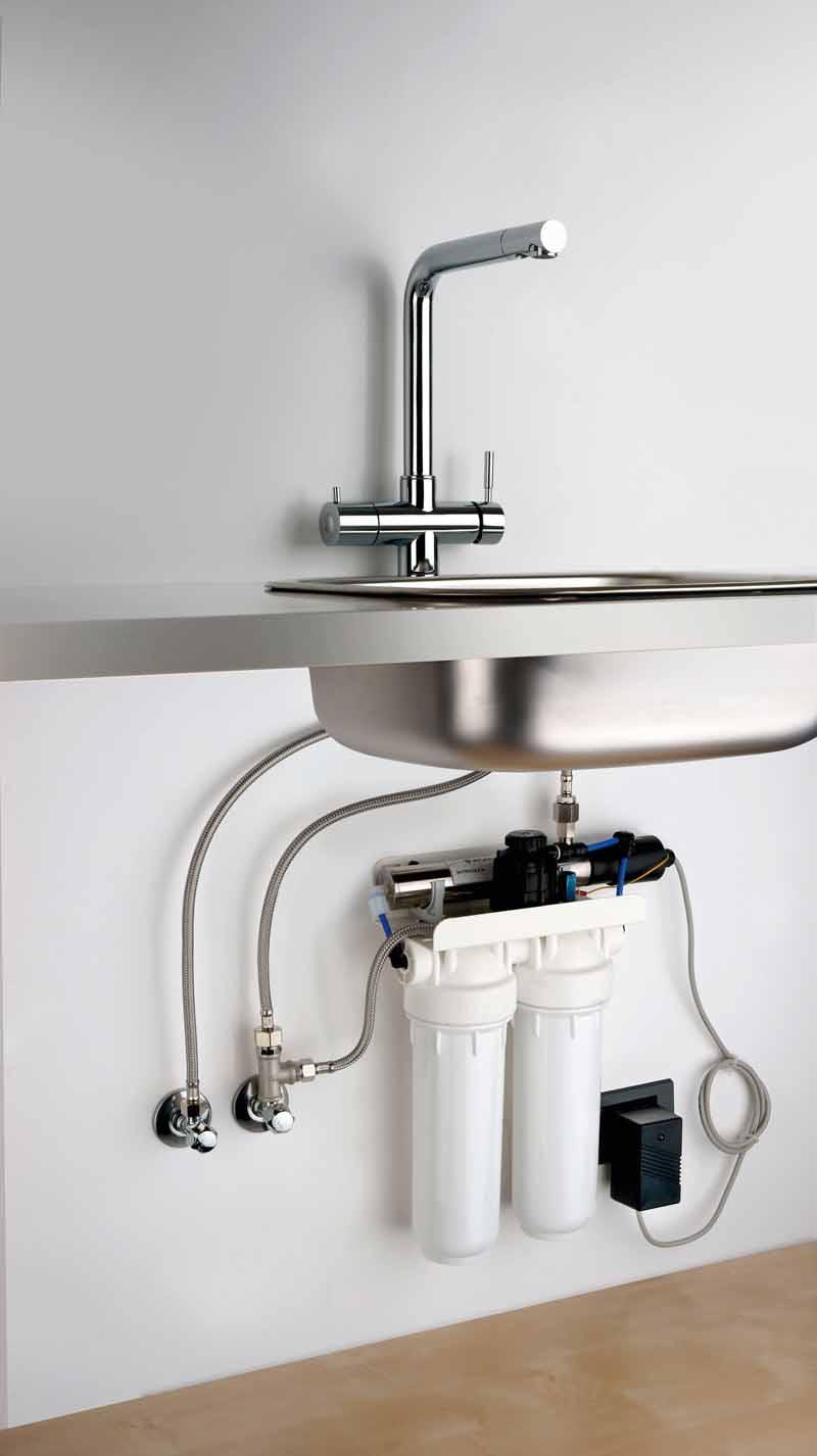 In cucina acqua su misura ville casali - Miscelatore cucina perde acqua ...