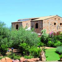 Olio extravergine di oliva – Turismo Rurale Cefalù
