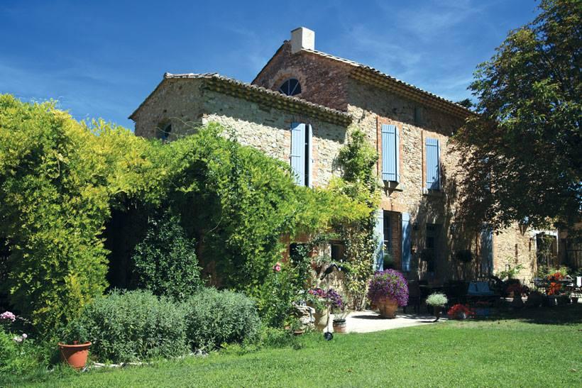 Giardino del tempo sospeso in provenza ville casali - Giardini per ville ...