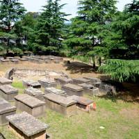 Sarcofagi greci a Lipari