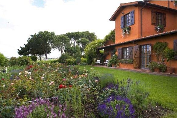 Un giardino segreto a roma ville casali - Il giardino segreto roma ...