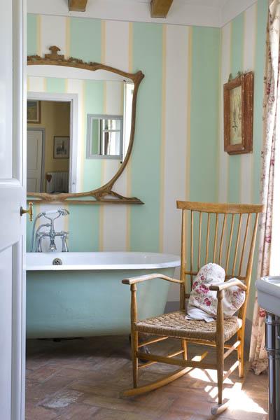 Pareti stile provenzale stile provenzale with pareti - Colori pareti cucina shabby chic ...