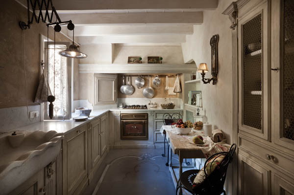 Dolce casa a firenze ville casali - Arredare casa antica ...
