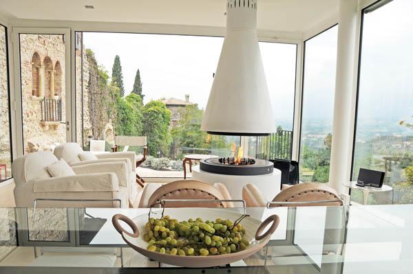 Medioevo di design ad asolo ville casali for Idee sul retro veranda per le case