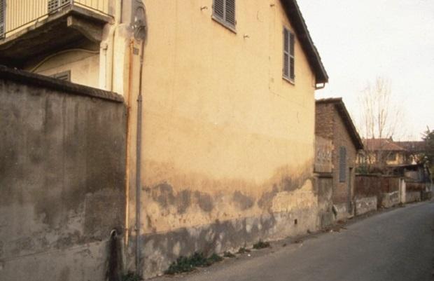 Umidit di risalita il nemico in agguato ville casali for Case con verande tutt attorno