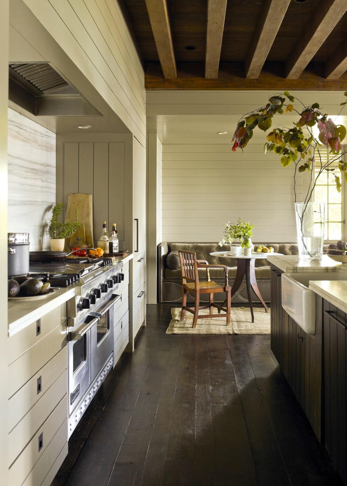 Illuminazione sottotetto in legno ~ idee di design nella vostra casa