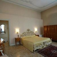 Villa Giustinian (2)