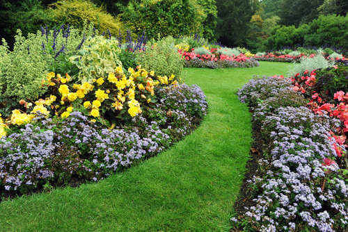 Cinque idee per un giardino strepitoso  Ville&Casali