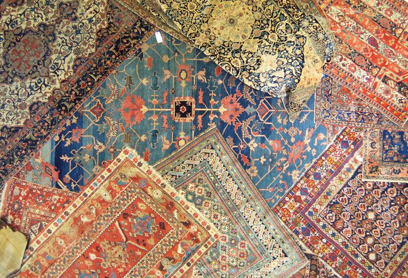 Tappeti persiani una nuova importazione ville casali - Tappeti persiani antichi ...