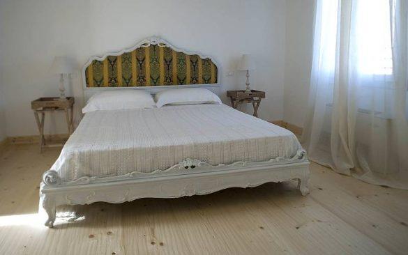 Camere antiche nel B&B della Villa