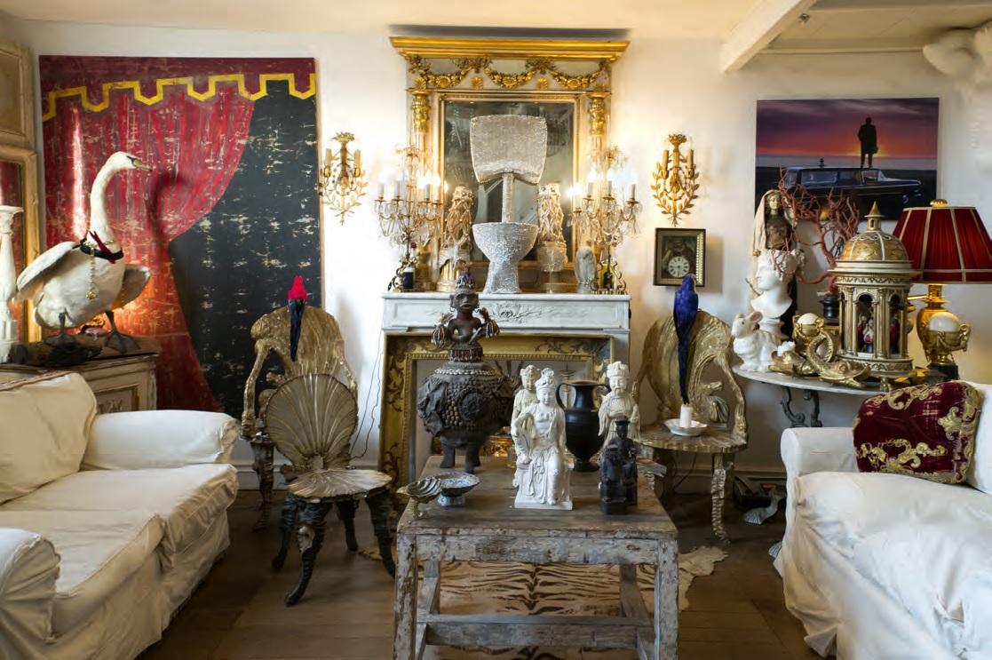 La casa di roma della poetessa dell 39 abitare ville casali for Casa classica villa medici