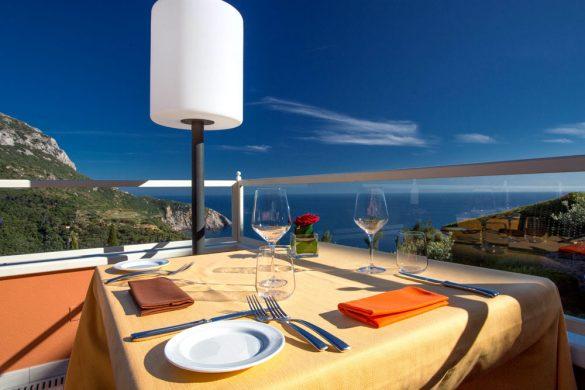 Eleganza e raffinatezza con il ristorante e le terrazze