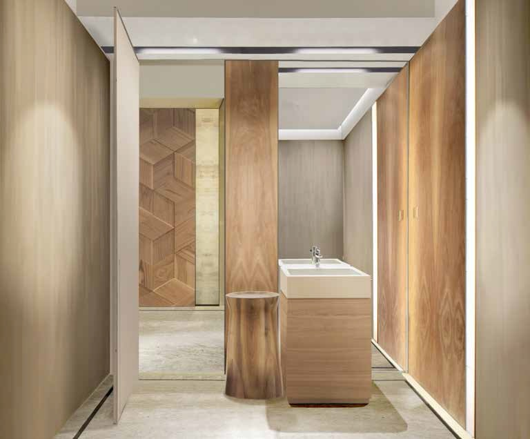 Ristrutturare il bagno praticità e prospettiva ville casali