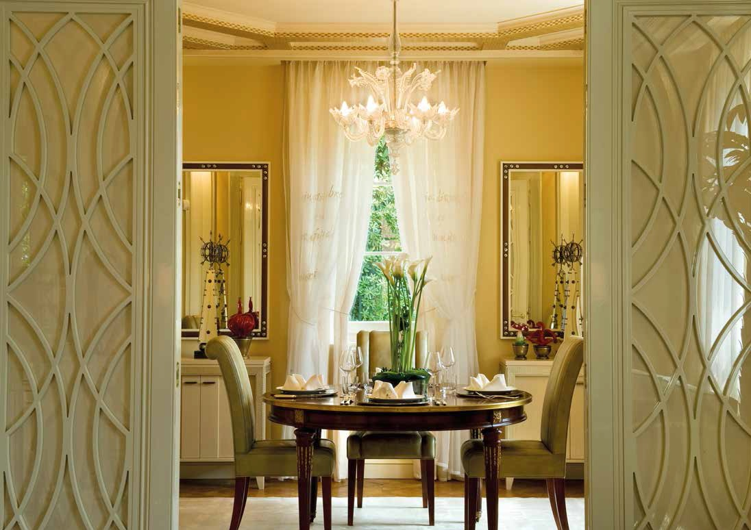 Arredare con gli specchi giochi di prospettiva ville casali - Specchi in casa ...