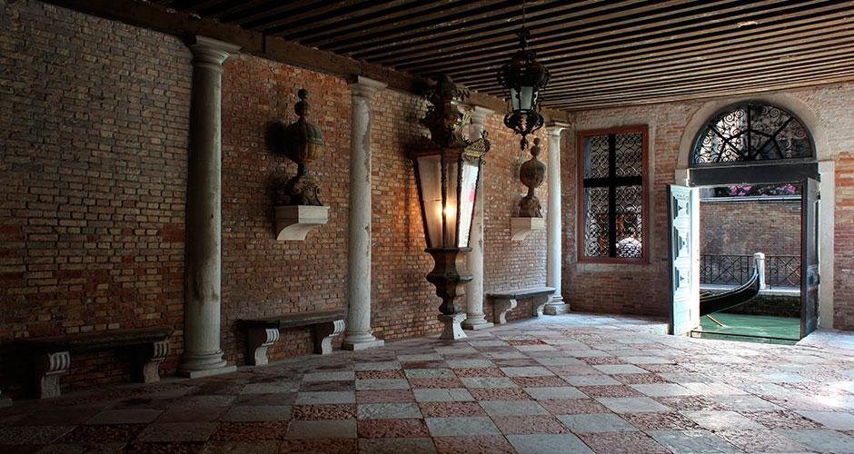 Vivere a venezia viaggio tra raffinate dimore storiche for Registra le planimetrie delle dimore