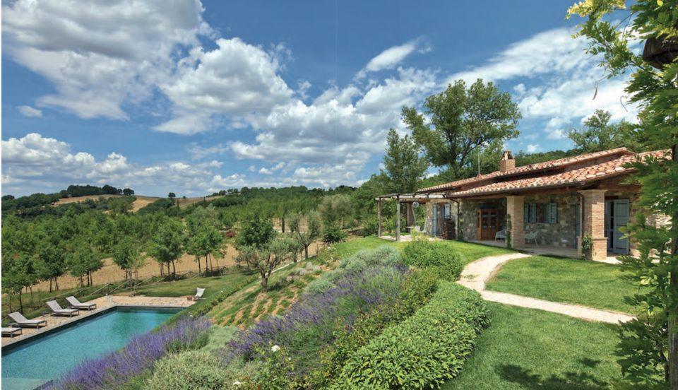 Casa di campagna segreta una meraviglia umbra for Giardini di campagna