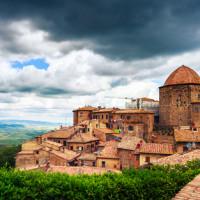 Volterra: soggiornare nella città degli alabastri conviene