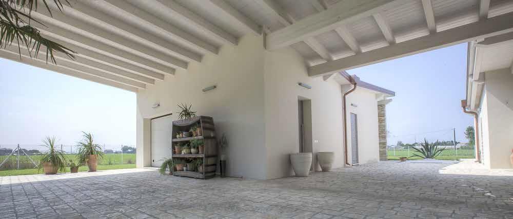 Casa colonica reinterpretazione moderna for Casa moderna ristrutturata