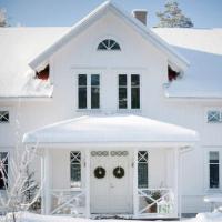 Cottage in stile country in Svezia
