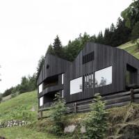 Case di montagna: legno, cemento e vetro