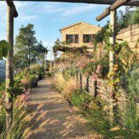 Giardino romantico: un paradiso marchigiano