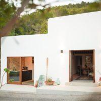 Una villa a Ibiza ricavata da una stalla