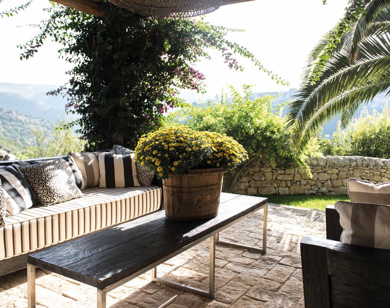 Ragusa ibla una terrazza da sogno ville casali - Ragusa immobiliare ...
