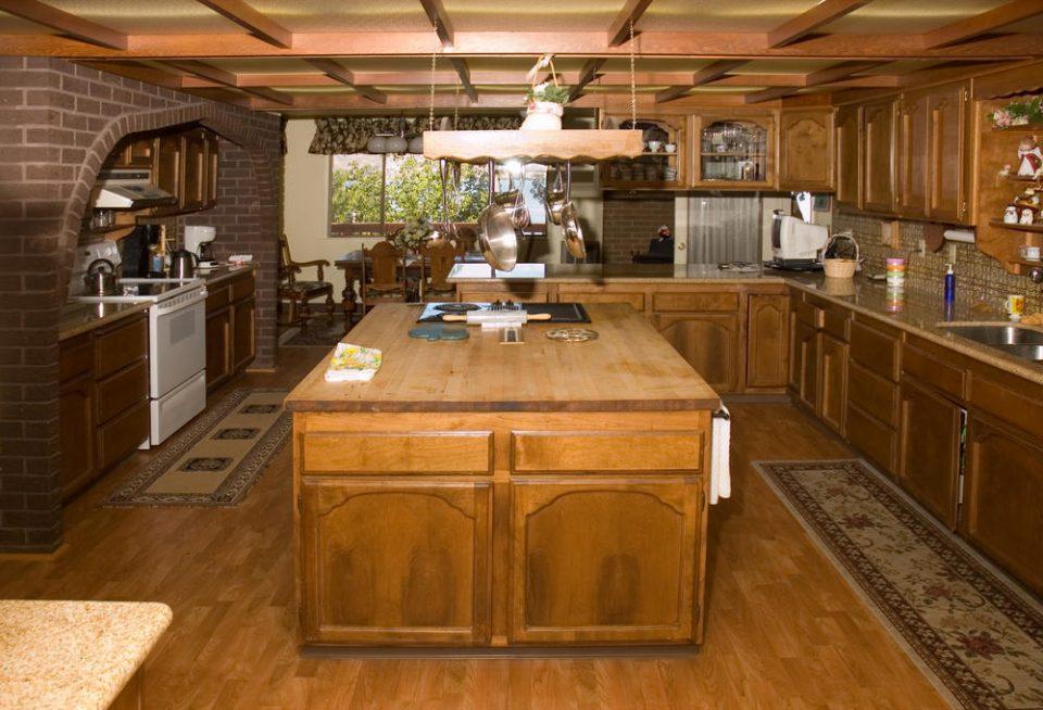 Arredare la cucina in stile country ville casali for Arredare in stile country