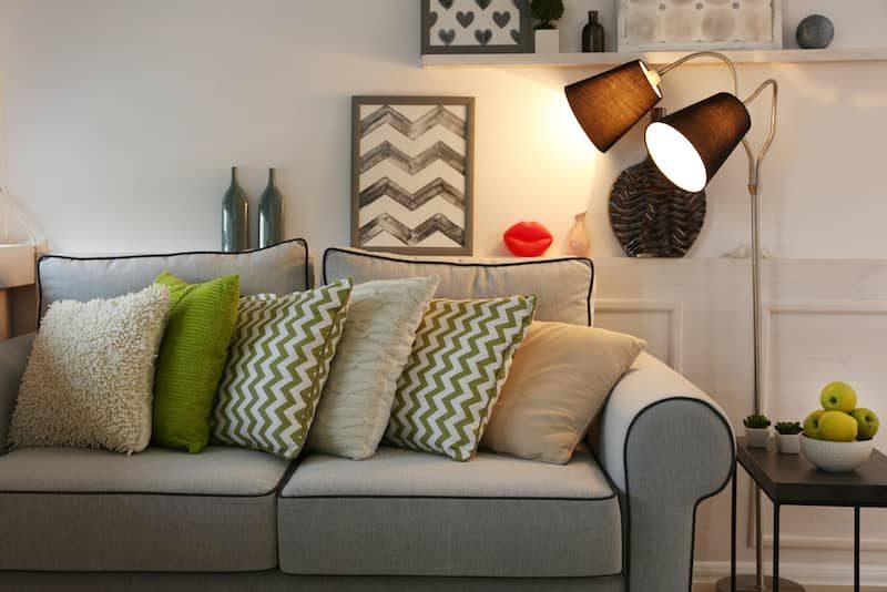 Come illuminare il soggiorno: consigli e trend ville&casali