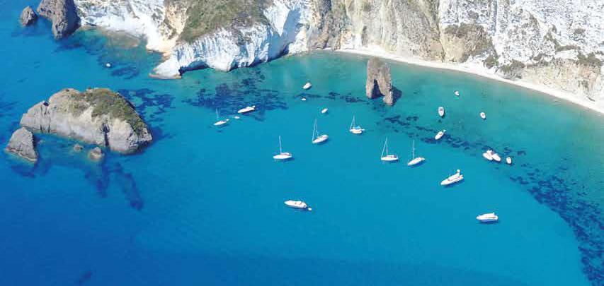 Vacanze a Ponza: la vera anima dell\'isola   Ville&Casali