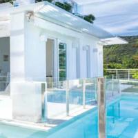 Una villa total white sull'Isola d'Elba: il progetto di ristrutturazione di Susini