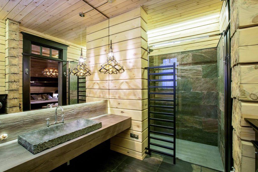 Bagno rustico idee consigli e materiali da usare ville casali - Bagno rustico in legno ...