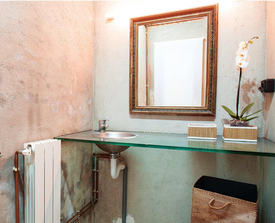 Idee Arredo Bagno Rustico : Bagno rustico: idee consigli e materiali da usare ville&casali