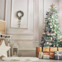 Decorare la casa per il Natale, rendendo festosa ogni stanza