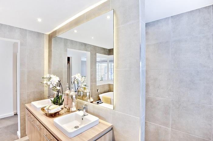 Illuminazione Per Bagno : Scegliere l illuminazione adatta per il bagno ville casali